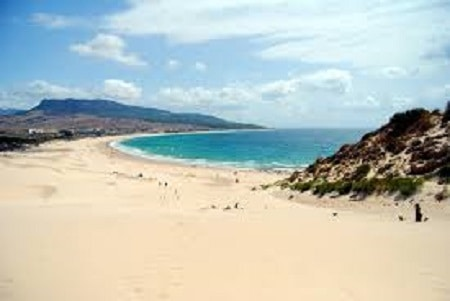 consejos-para-visitar-cádiz-playa-bolonia