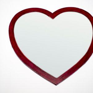 Espejo corazón de madera