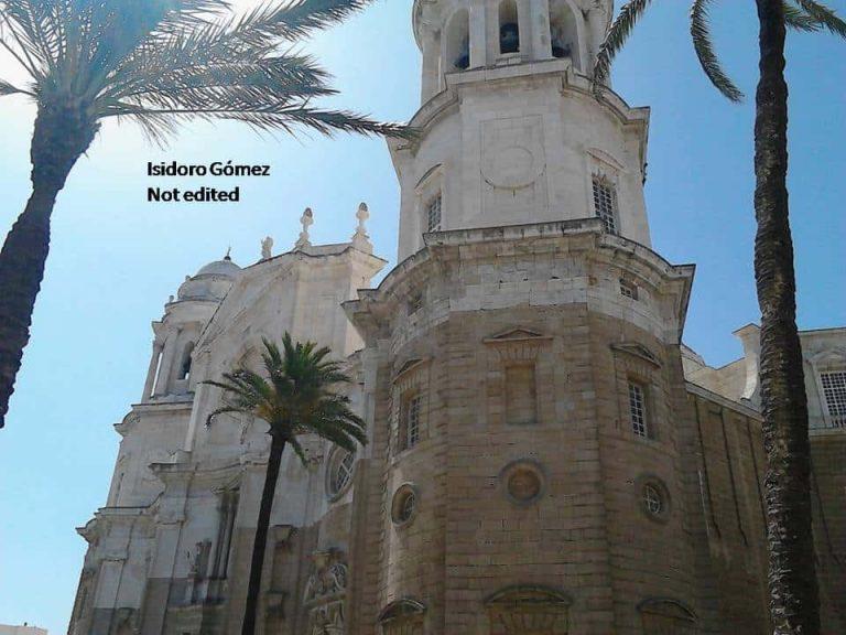 plaza-de-la-catedral-cadiz